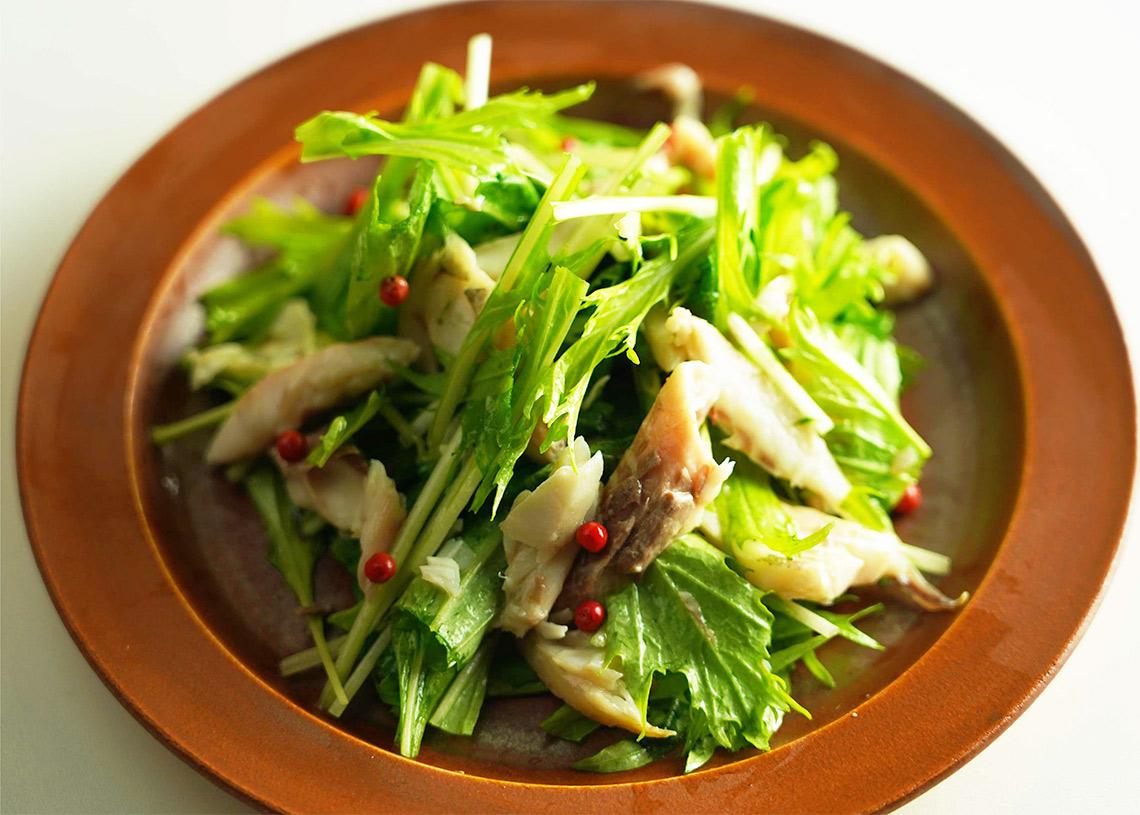 宗八かれい一夜干しと水菜のパリパリサラダ